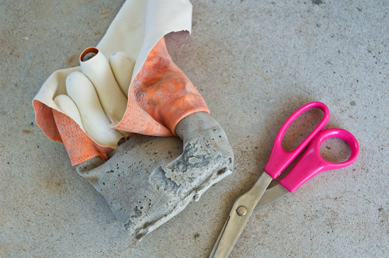 Removal Rubber Glove-Cement Hand