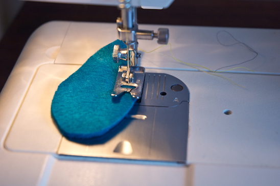 Cloud Mobile-Sewing Raindrop